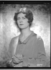 Elinor Morton Wylie September 7, 1885 - December 16, 1928